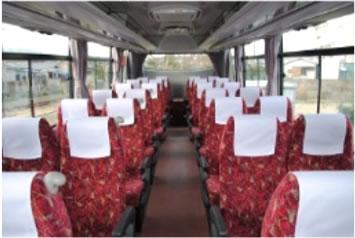 中型バス301車内